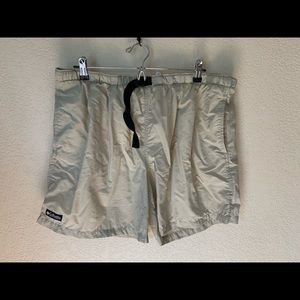 Columbia Men's Large Lined Hiking Athletic Shorts